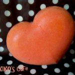 犬用ケーキレシピ【立体型ハートケーキ(紅麹)】